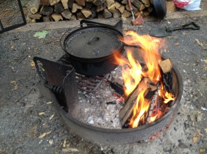 Cooking Beef & Beer Stew on Campfire
